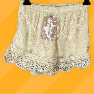 Lace summer shorts by Band of Gypsies NWT size XS